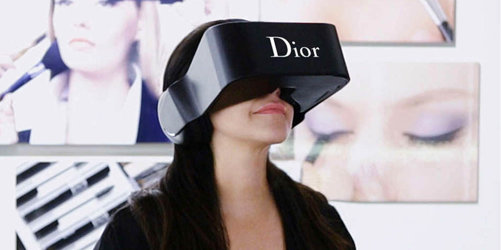 Image Credit: Dior Eyes. 2015. The LVMH Group. LVMH.com. Web. 13 Aug. 2015.