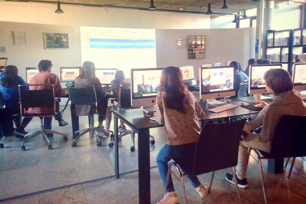 Atelier databending glitch médiathèque Villeurbanne
